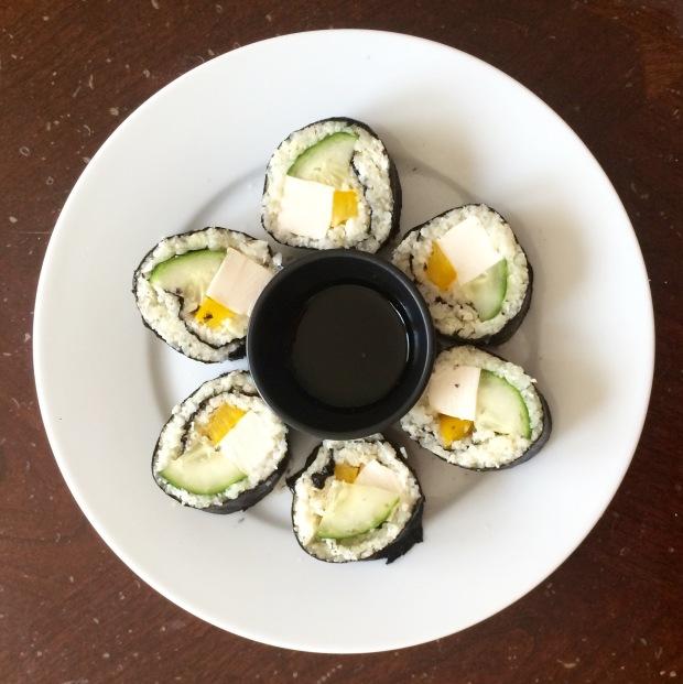 finished cauliflower sushi in circle